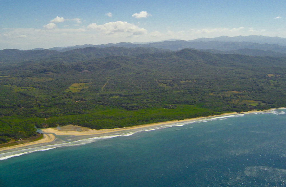 Avellanas River mouth